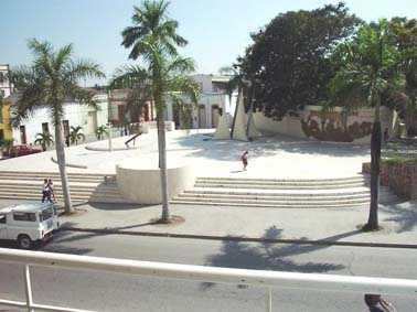 20060820183601-vista-general-plaza.jpg