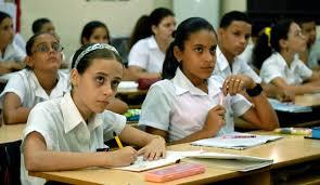 20141118005535-estudiantes-cubanos.jpeg