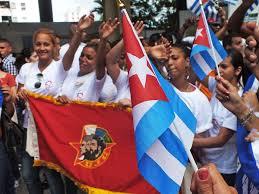 20190404235120-jovenes-cubanos.jpg
